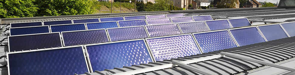 Solar water heater self drainable